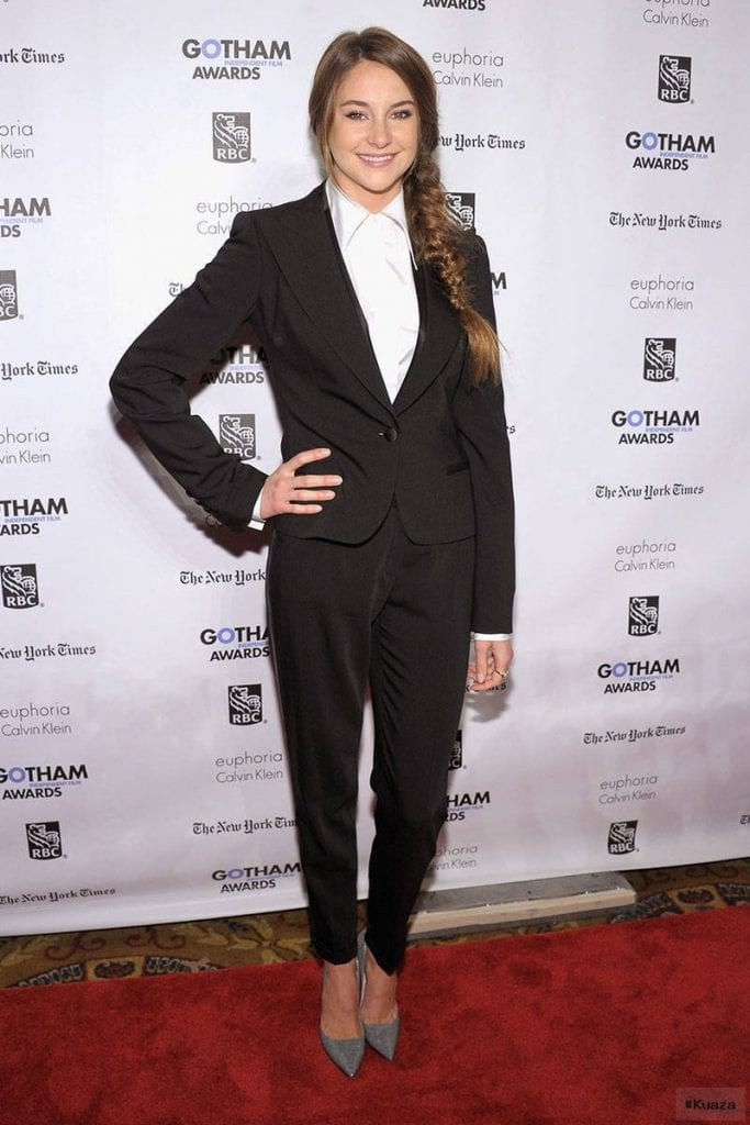 Women in Suits – Female Celebrities in Pant Suits and Tuxedos